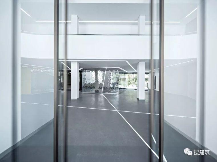 焕发活力的新办公楼设计_16