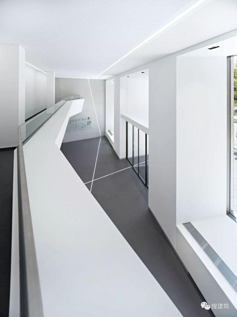 焕发活力的新办公楼设计_22