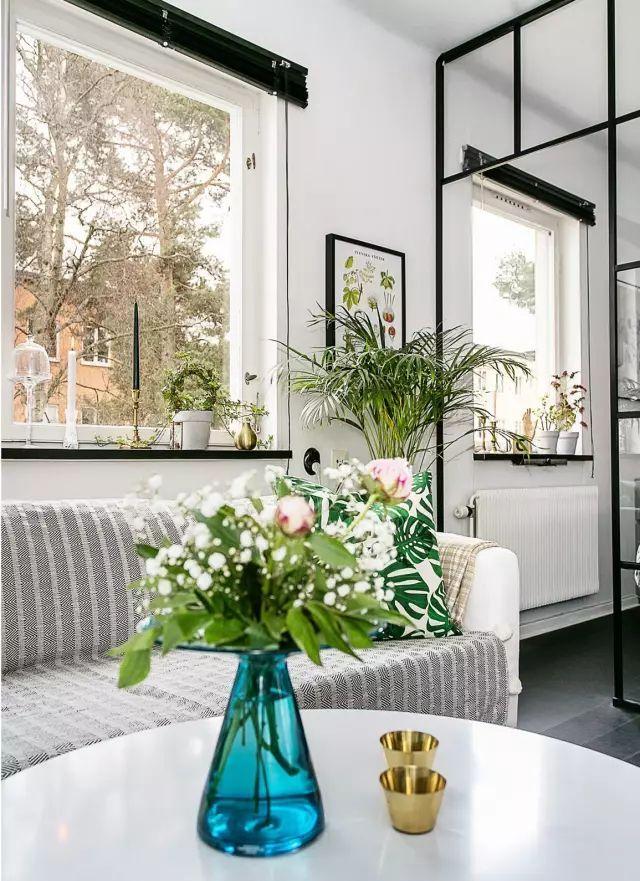 50㎡的小公寓,卧房、客厅、卫浴、厨房、饭厅全都有!_4