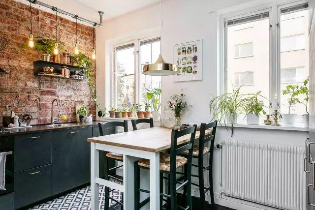 50㎡的小公寓,卧房、客厅、卫浴、厨房、饭厅全都有!_8