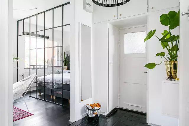 50㎡的小公寓,卧房、客厅、卫浴、厨房、饭厅全都有!_13