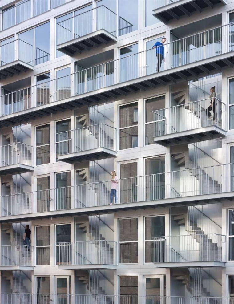 新作|舞台立面,外置楼梯:阿姆斯特丹垂