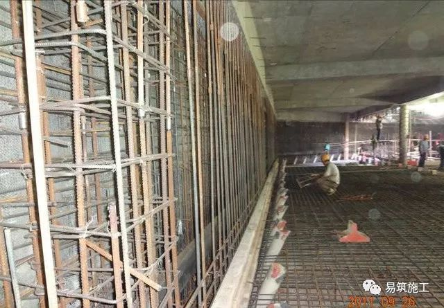 超高层建筑22米深基坑逆作法施工现场,看基础如何倒过来施工_19