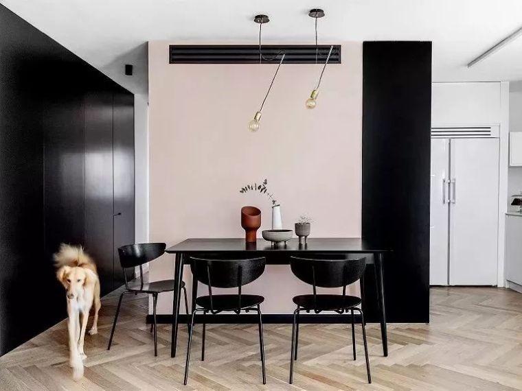 高级黑、粉,95㎡时尚家庭私宅
