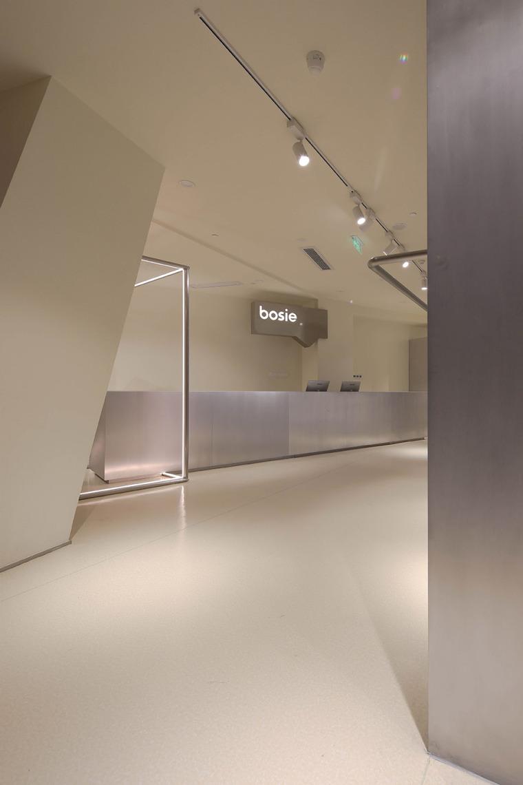 杭州bosie无性别实验室-01-bosie-fashion-store-china-by-xuesong-ma