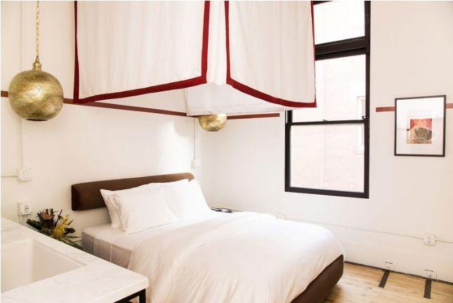 消防站改造酒店,每一间房的都很有特色_11