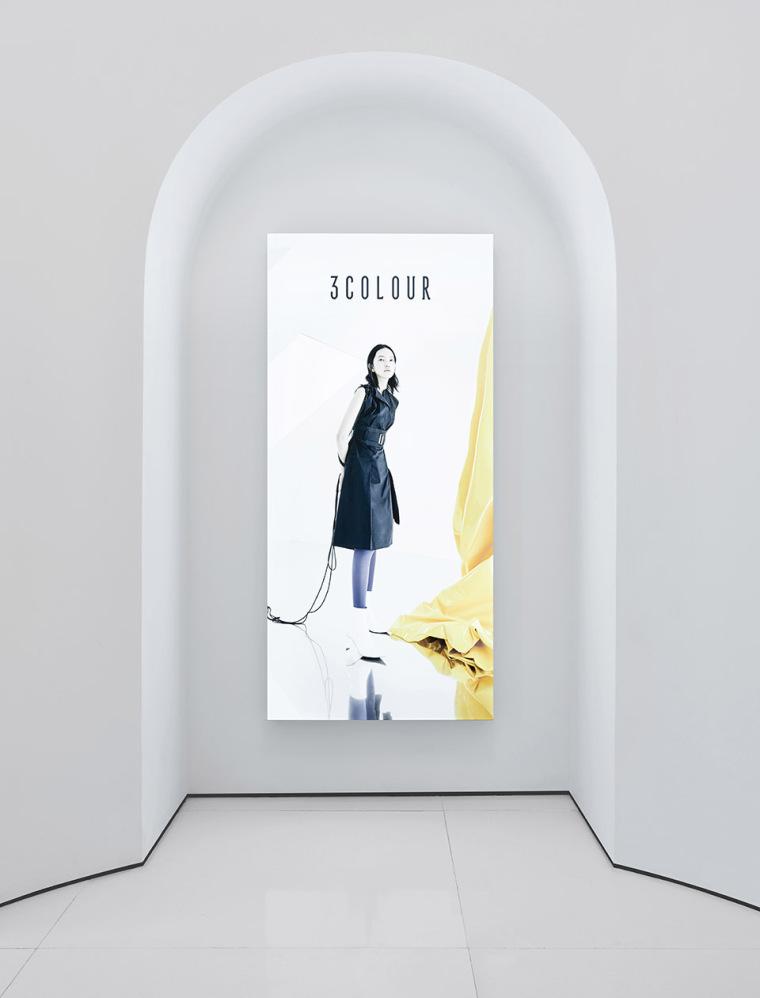 杭州三彩服饰店-03-3colour-clothing-store-china-by-sgd-office