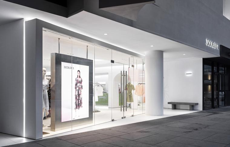 杭州三彩服饰店-09-3colour-clothing-store-china-by-sgd-office
