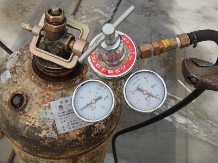 66氧气、乙炔减压器、回火防止器