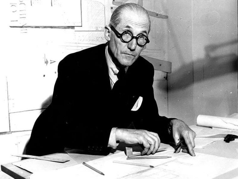勒·柯布西耶丨现代主义建筑先驱者