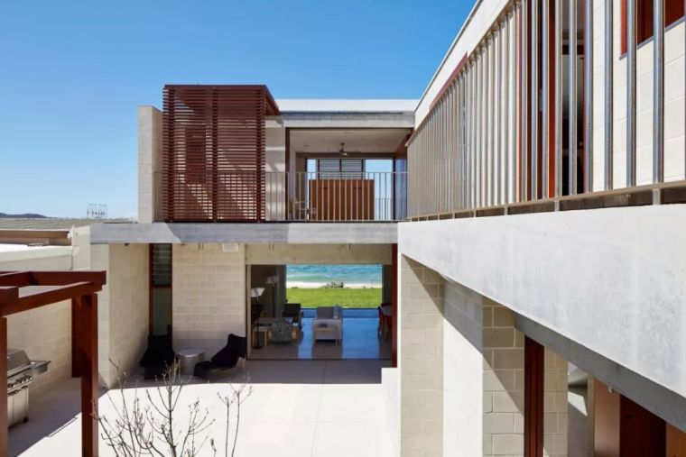 澳大利亚几何框架别墅_3