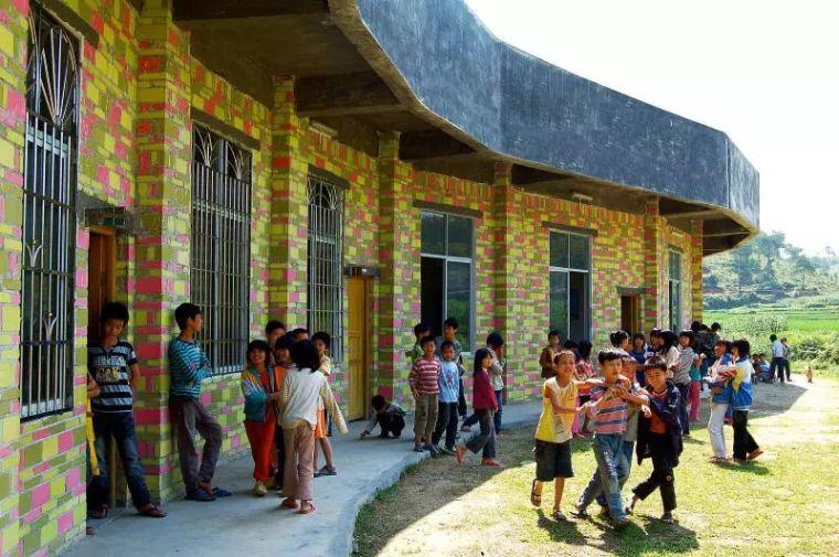 建筑丨22个农村改造案例_87