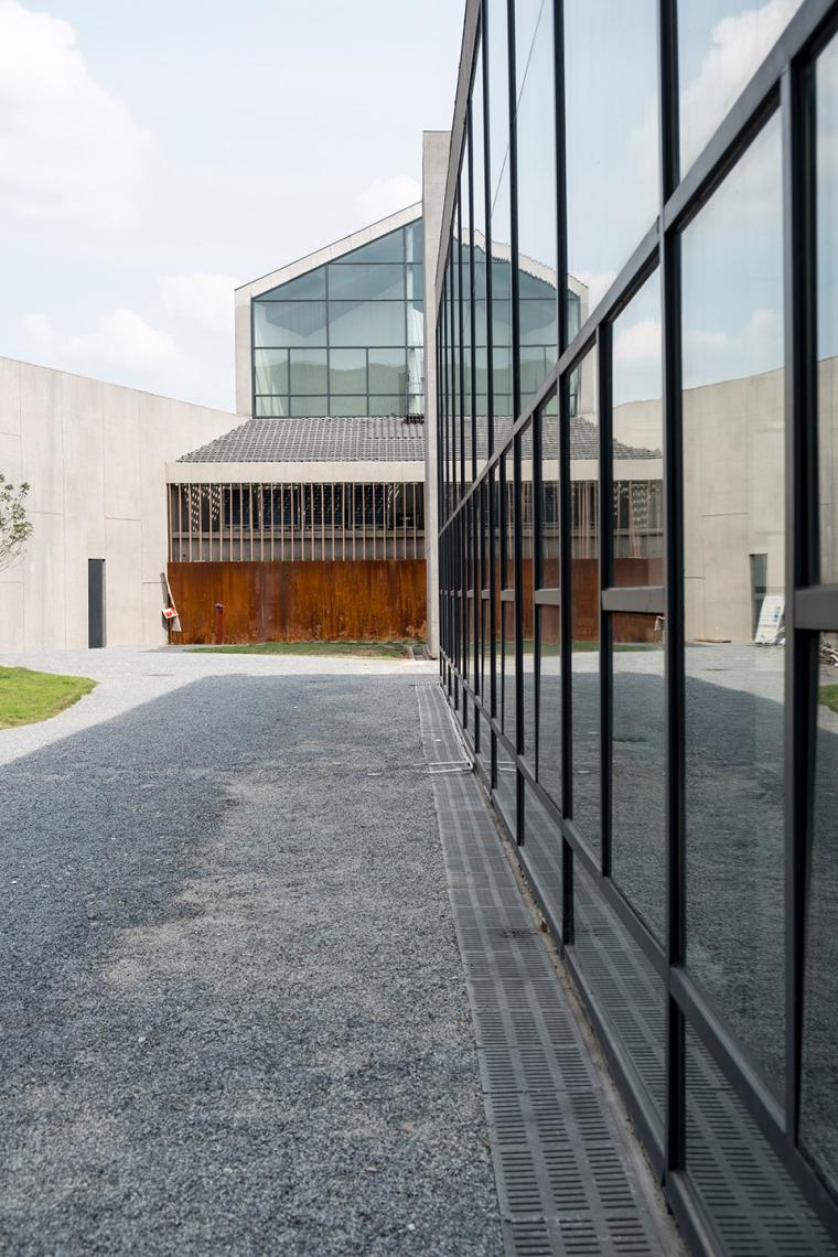 江西牡丹亭演艺公园服务中心-015-service-center-of-peony-performance-park-china-by-beyond-time-architects-china-architecture-design-research-group-no3-architecture-department