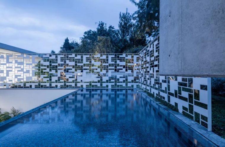 以色列镂空墙壁概念别墅_7