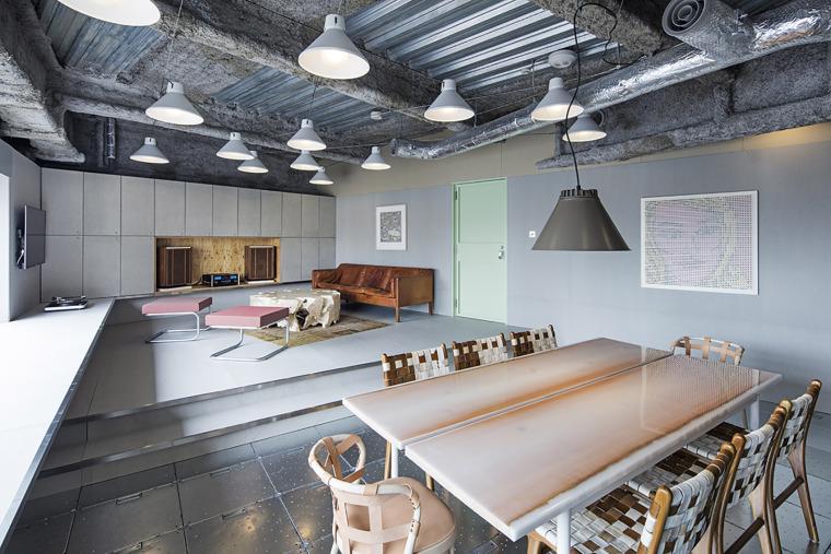日本Toy'sFactory音乐厂牌办公空间-10-toys-factory-by-schemata-architects