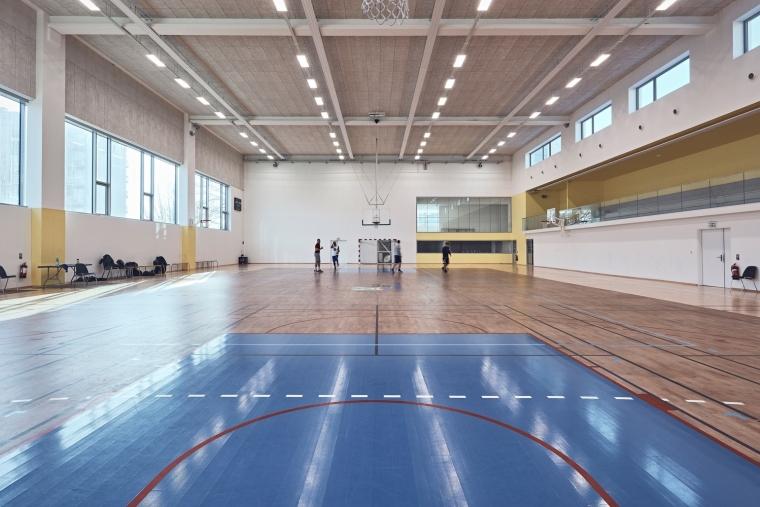 法国EspacePompidouGymnasium健身房-Enia_architectes-Espace_Pompidou_-_Courbevoie-Epaillard_Machado_1__ArchDaily