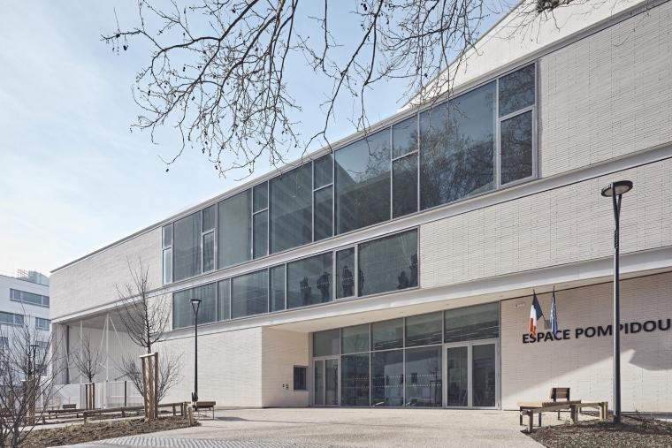 法国EspacePompidouGymnasium健身房-Enia_architectes-Espace_Pompidou_-_Courbevoie-Epaillard_Machado_15_ArchDaily