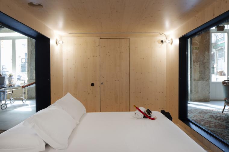 葡萄牙ZEROBoxLodge居住空间-ZERO_Box_Lodge_Free_Room1