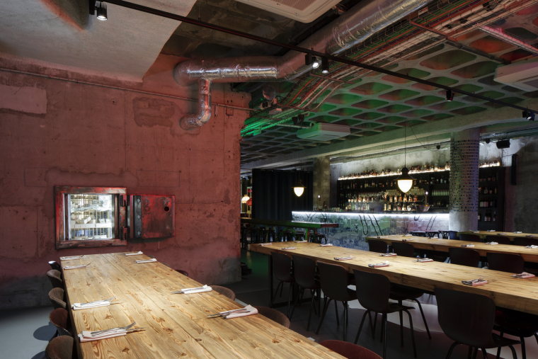 葡萄牙ZEROBoxLodge居住空间-ZERO_Box_Lodge_OCarniceiro_Restaurant