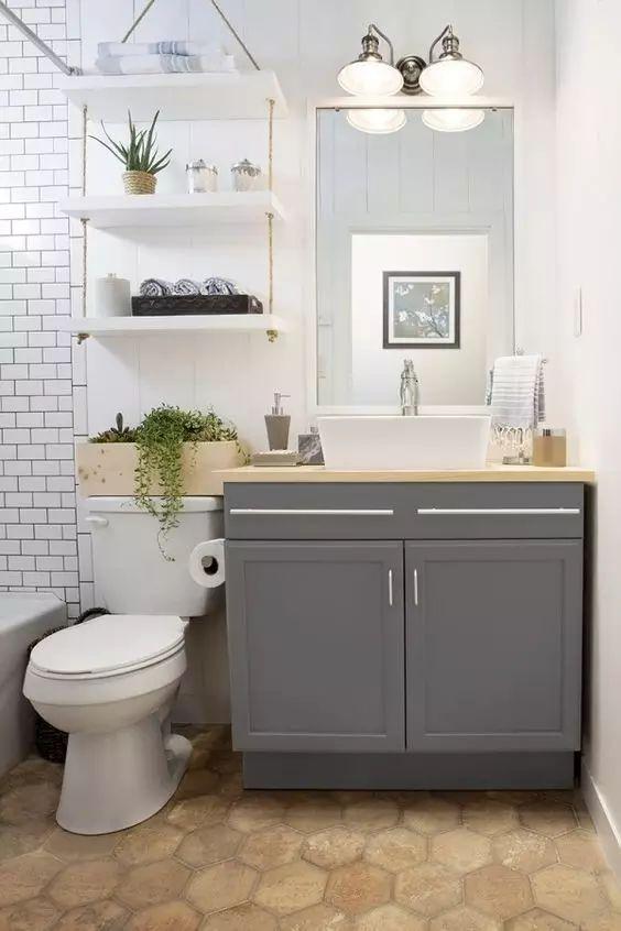 卫生间里多了一个它,小户型也能多出3平方