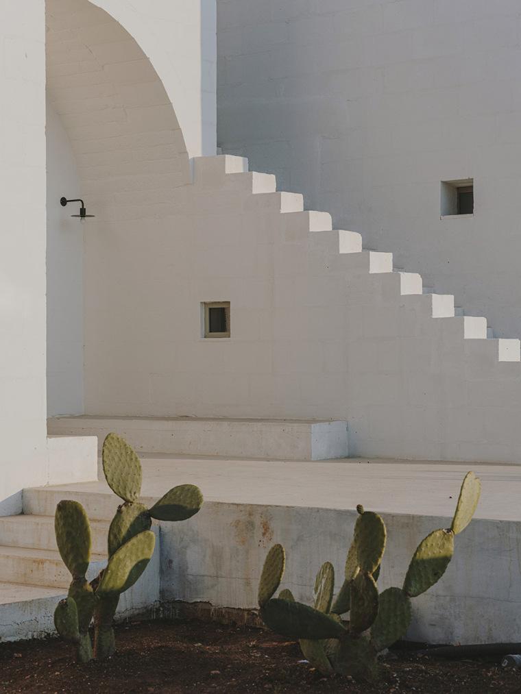 049-villa-cardo-by-studio-andrew-trotter