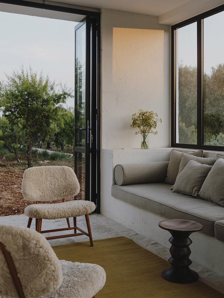 059-villa-cardo-by-studio-andrew-trotter