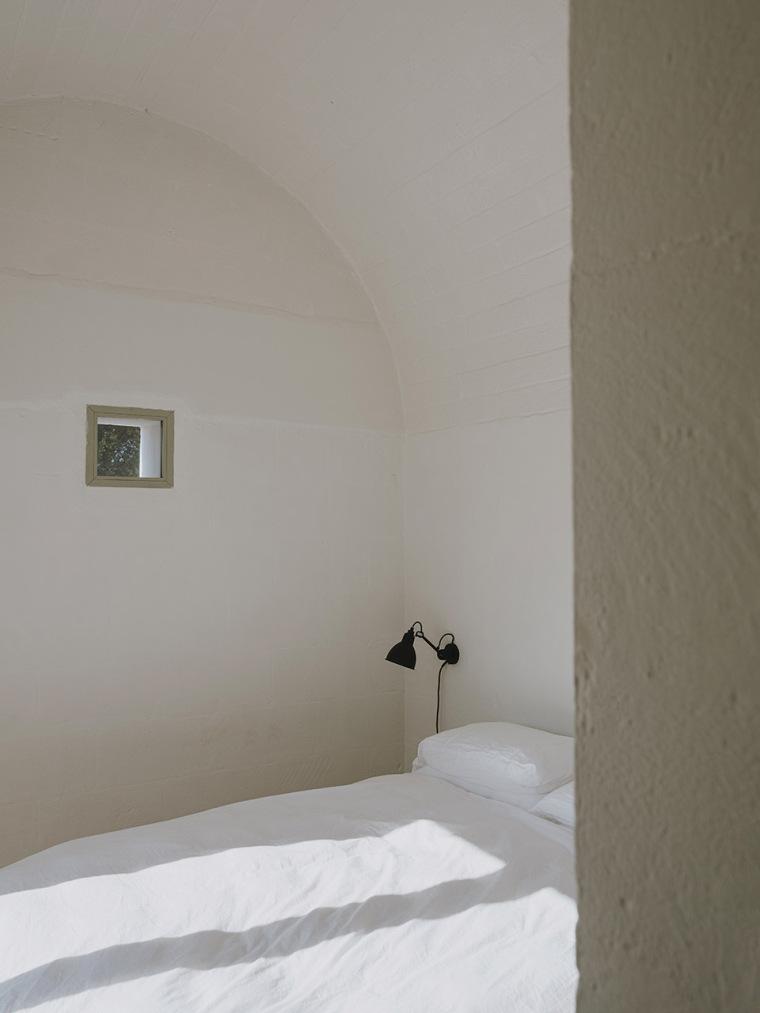 018-villa-cardo-by-studio-andrew-trotter