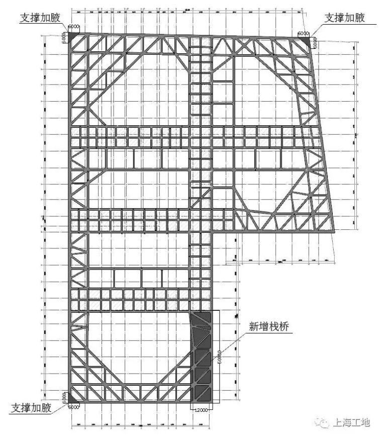 被高楼高架浅基础'重围'的超大深基坑工程_5