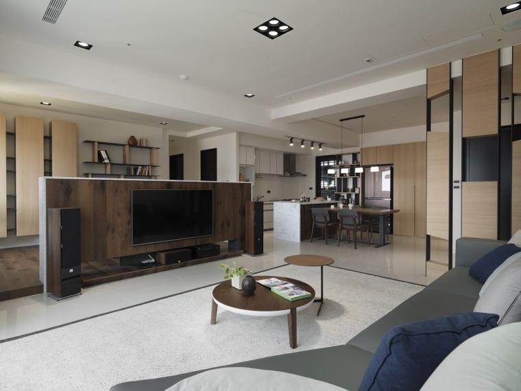 充满现代原木风格的居住空间