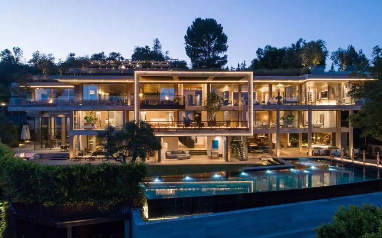 6亿一栋的别墅,看到车库就开眼了_12