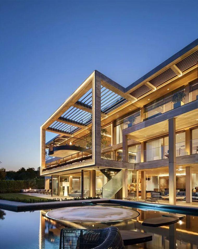6亿一栋的别墅,看到车库就开眼了_14