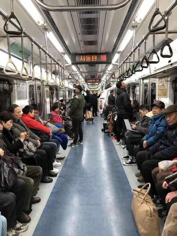 国外地铁不安检,它们都怎么运营?