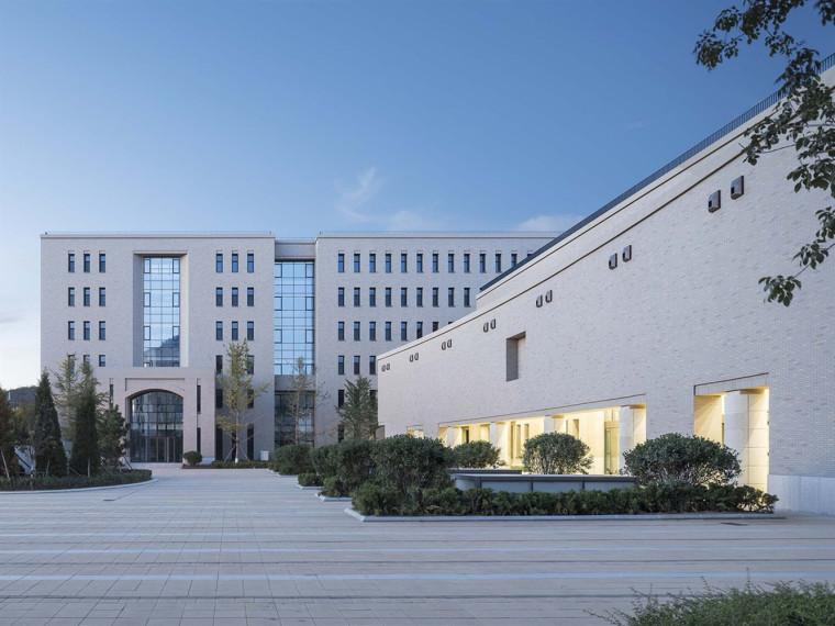大连理工大学管理与经济学部楼