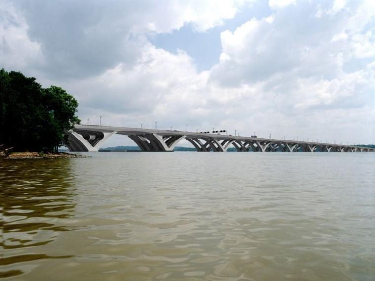 板桥与T梁桥的构造特点