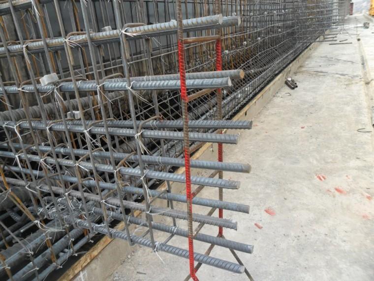 控制T梁混凝土保护层厚度施工工法