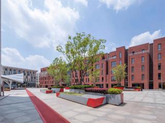 上海安亭新镇中央广场改造