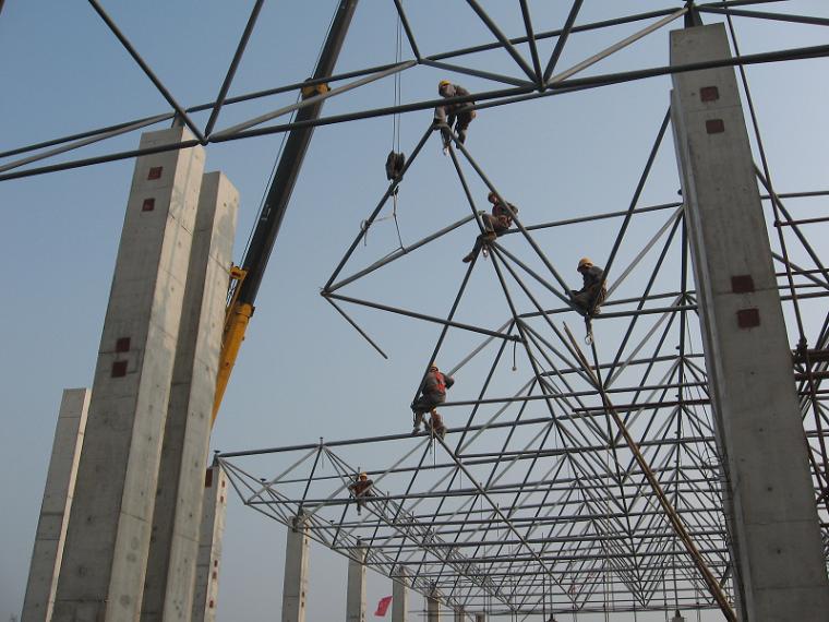 改扩建项目屋面钢结构网架施工方案2017年