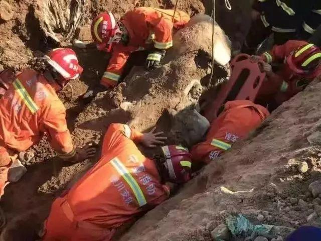 银川一管道施工时发生坍塌,1人身亡