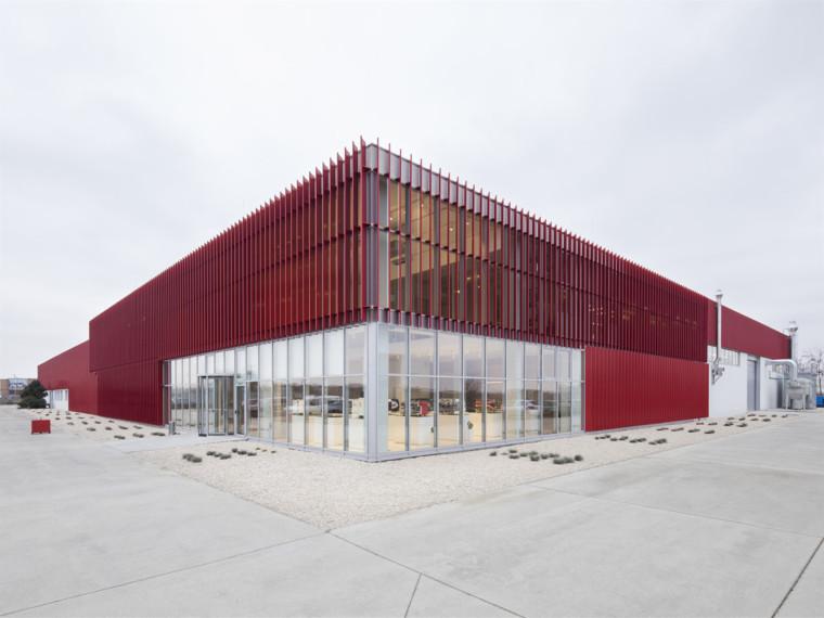 罗马尼亚MCE生产设施建筑