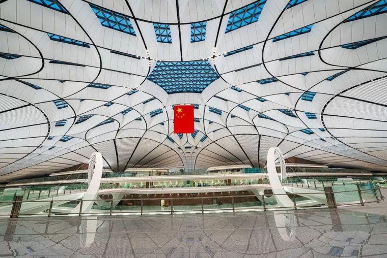 北京大兴机场首日通航,提前献礼建国70年_17