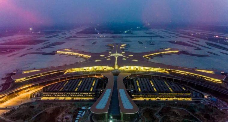 北京大兴机场首日通航,提前献礼建国70年_27