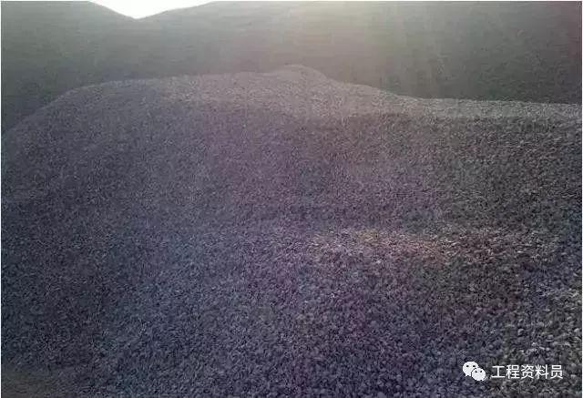 水泥稳定碎石基层精细化施工管理_3