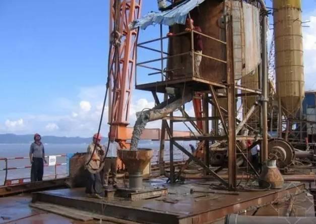 水下桩的施工及混泥土的要求