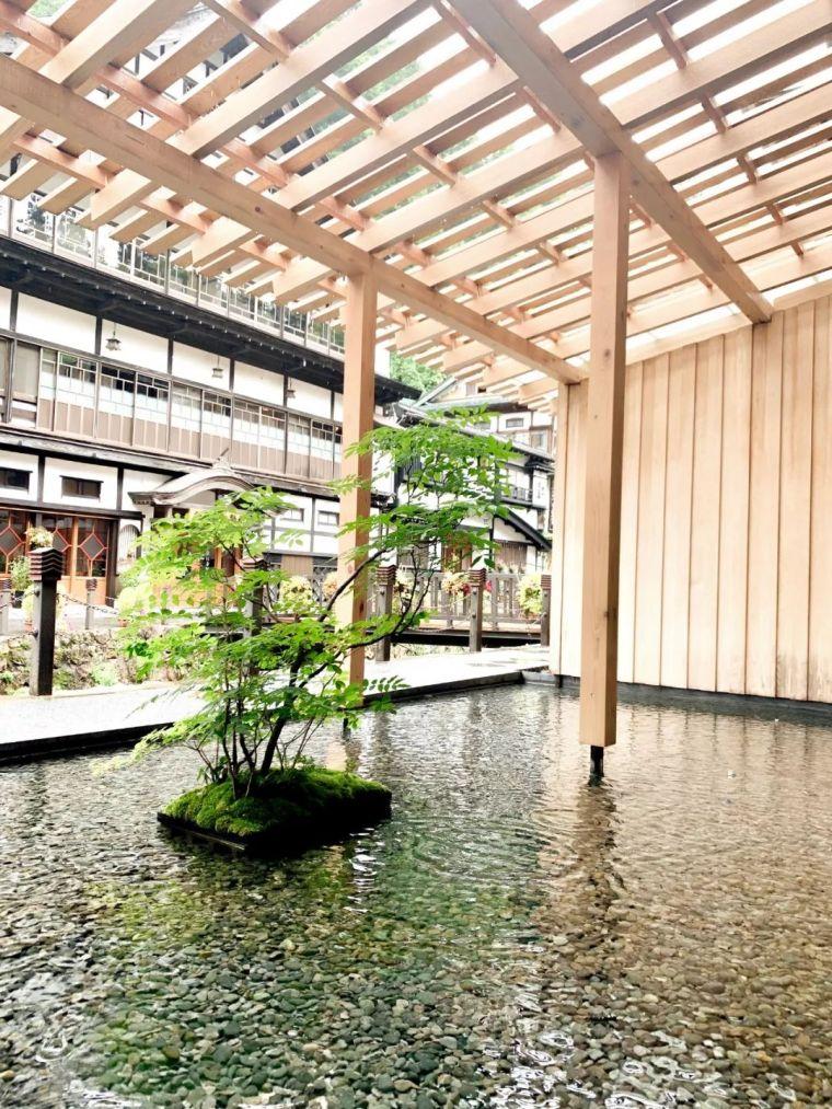 13年前,隈研吾打造的温泉旅馆_12