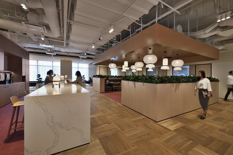 Shiseido_HQ_HASSELL_EK_Yap_02_Collaboration_area