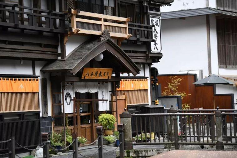 13年前,隈研吾打造的温泉旅馆_4