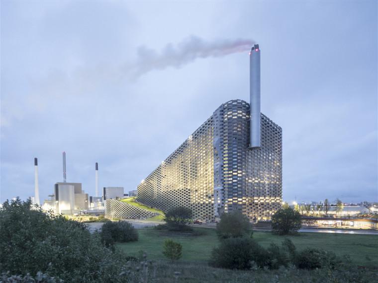哥本哈根山能源工厂和城市娱乐中心