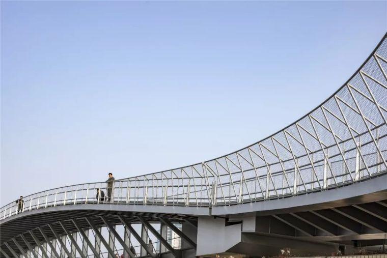 新作|慧泓之弓:洋泾港步行桥_16