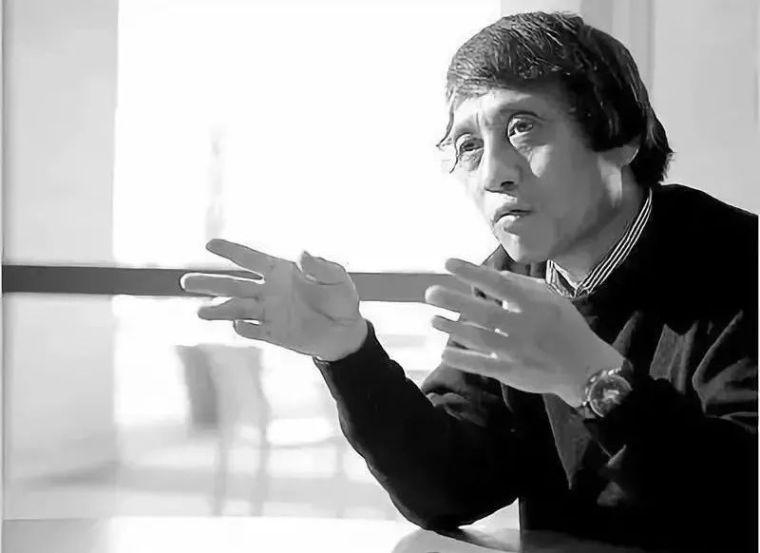 """安藤忠雄,自学成才的""""清水混凝土诗人"""""""