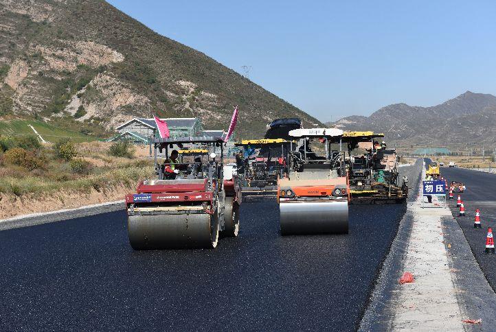 坚守公路水运工程质量安全红线专项行动启动_1